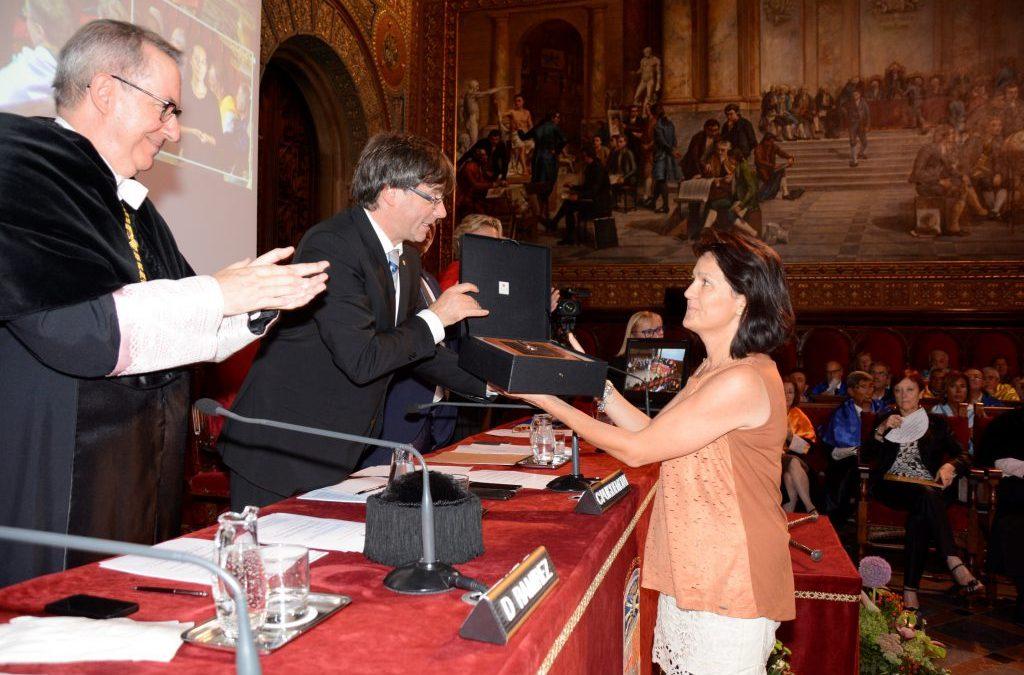 La Dra Teresa Torres recull el premi Vicens Vives 2016 a la qualitat docent